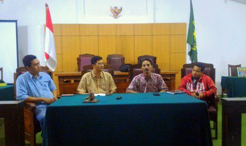 Perjuangan Warga Desa Berantas Korupsi