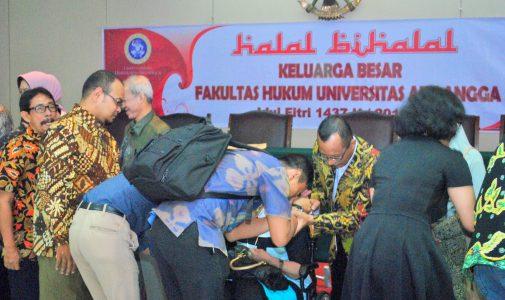 Halal Bihalal Keluarga Besar FH UNAIR