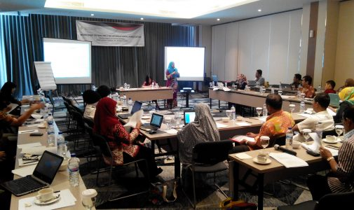 Kejar Target Publikasi Internasional, FH UNAIR adakan Workshop on Writing for International  Publication