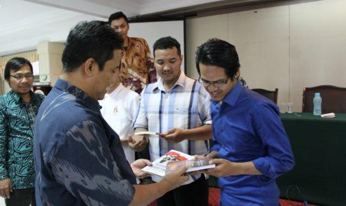 KPU Jatim Roadshow ke FH UNAIR