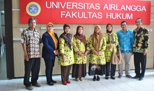 Persiapan PTNBH, Staff UIN Sunan Kalijaga Kunjungi FH UNAIR