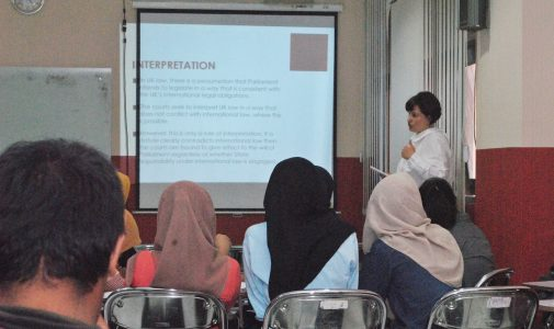 FH UNAIR TERIMA VISITING LECTURER DARI LUCIAN BLAGA UNIVERSITY OF SIBIU, ROMANIA