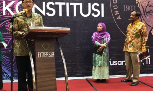 Dr. R. Herlambang Perdana Wiratraman, SH., MA Raih Anugerah Konstitusi Karya Ilmiah Hukum Tata Negara